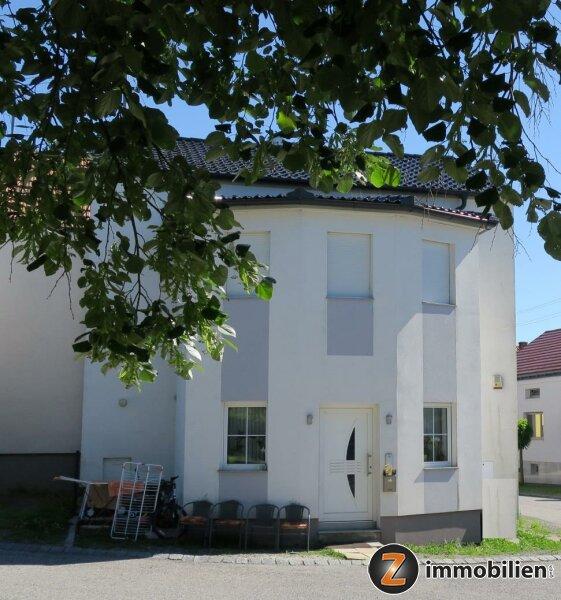 Nähe Oberpullendorf: Modernes Wohnhaus mit viel Charme
