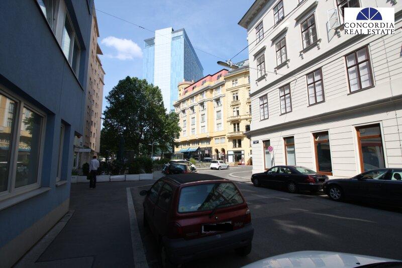 Blick Richtung Hotel Sofitel