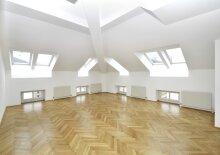 Charmante Maisonette mit Galerie und unterschiedlichen Raumhöhen, U2