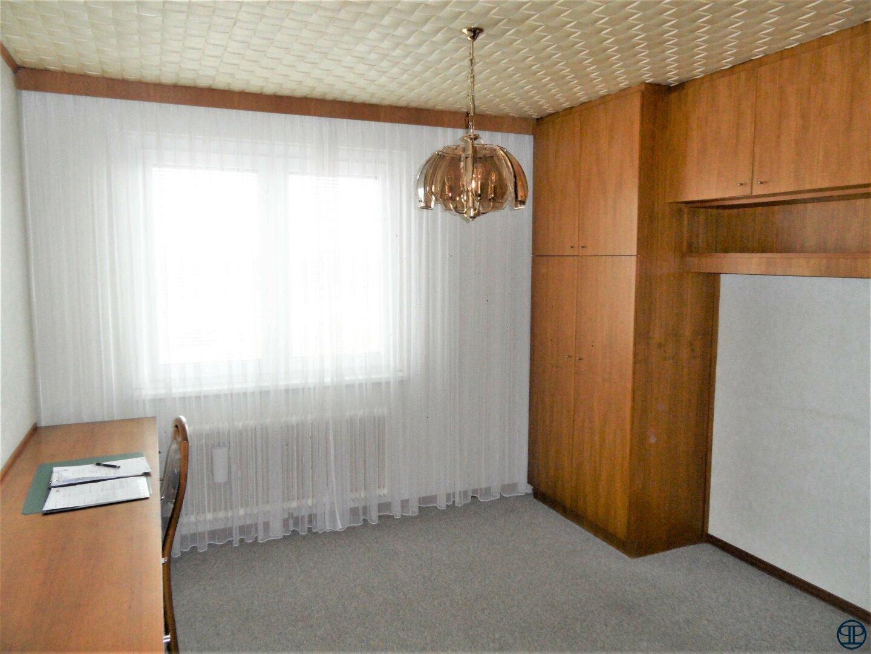 Zimmer mit zwei Schrankbetten