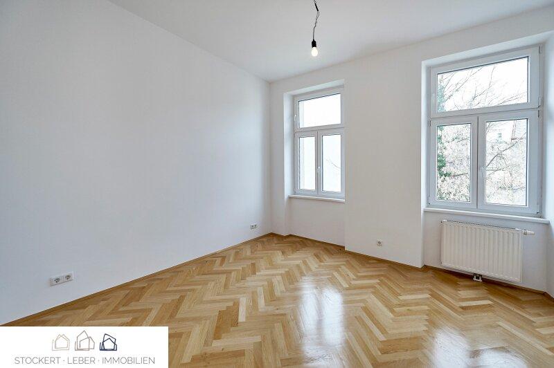 Sanierte 3-Zimmer-Mietwohnung mit beeindruckender Dachterrasse