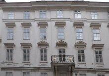 Erstbezug - Hochwertig ausgestattete Wohnung in einem Barockpalais, U1