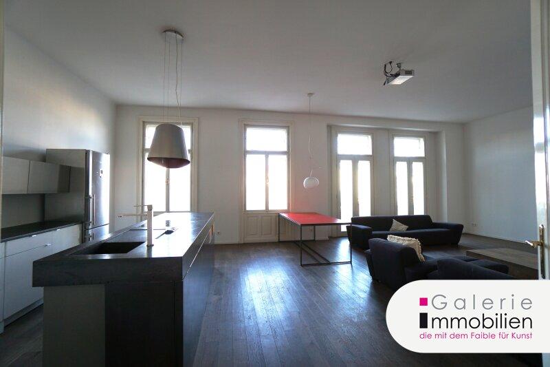 Westbahnstrasse - hofseitiger Stilaltbau mit Balkon und Garage im Haus Objekt_35158 Bild_257