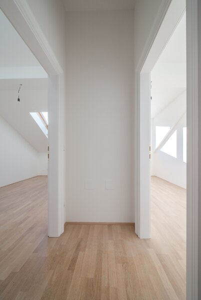 ++NEU** Kernsanierter DG-ERSTBEZUG! 3-Zimmer+getrennte Küche! 7m² uneinsehbare Terrasse! **VIDEOBESICHTIGUNG** PROVISIONSRABATT! /  / 1050Wien / Bild 9