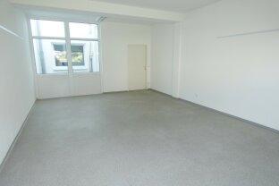 Büroräumlichkeiten in verschiedenen Größen im Zentrum von Traun- ideal als Gemeinschaftsbüros geeignet!