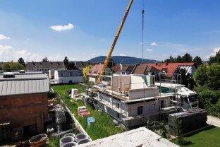 Provisionsfrei: Dachterrassenmaisonette mit Garten