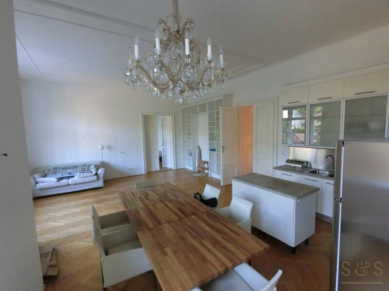 Stilvolle Altbauwohnung in Dornbach / klassische Jahrhundertwende Villa / 3 Zimmer /  / 1170Wien / Bild 0