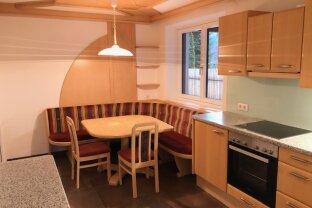 Bruck an der Glocknerstraße - neu renovierte 3 Zimmer- Wohnung 67m² inkl. Einbauküche mit Geräten zu vermieten! Top Lage! Parkplätze vorhanden!