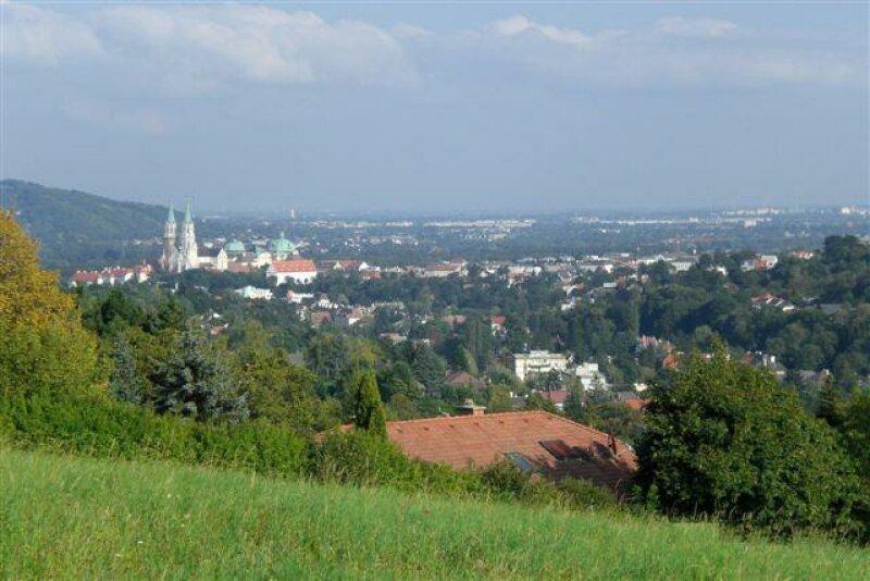 Villenbaugrund in BESTLAGE und STIFTSBLICK nähe 19. Bezirk