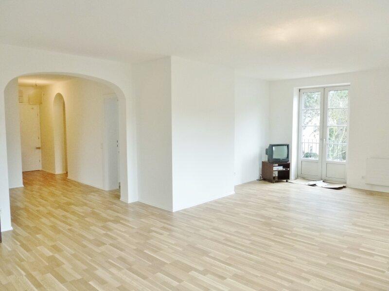Charmantes, helles Apartment in  Nussdorf mit Garage