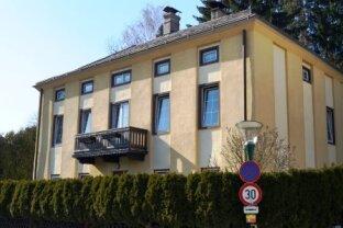 ERFOLGREICH VERMITTELT! Rarität im Zentrum von Kirchberg an der Pielach! Haus mit 2255m² Eigengrund, BK I,II, Bauland Kerngebiet, auch Bauträgereignung!