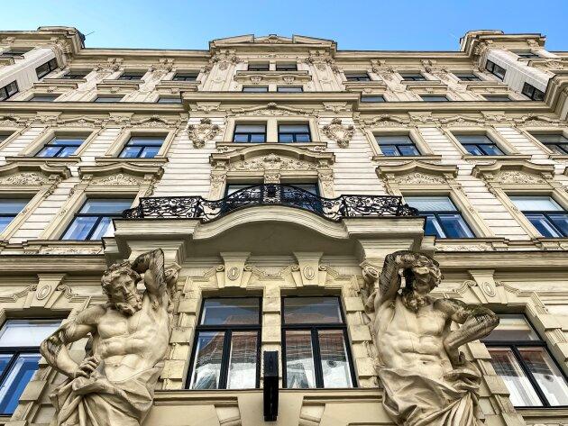 Foto von NEU! ++ TOP SANIERTE ALTBAUWOHNUNG in perfekter Zentrumslage nahe Kärntnerstraße – Miete in 1010 Wien++