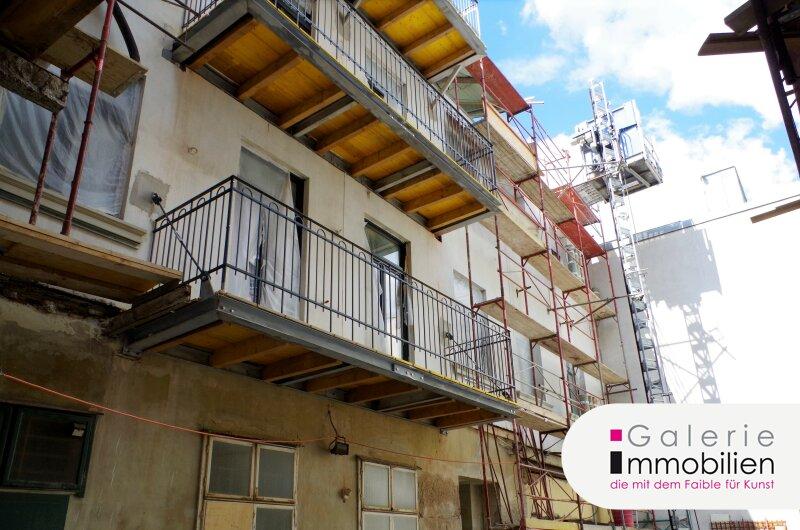 Nähe Naschmarkt - Hochwertige Altbauwohnung mit Balkon in revitalisiertem Biedermeierhaus Objekt_32747