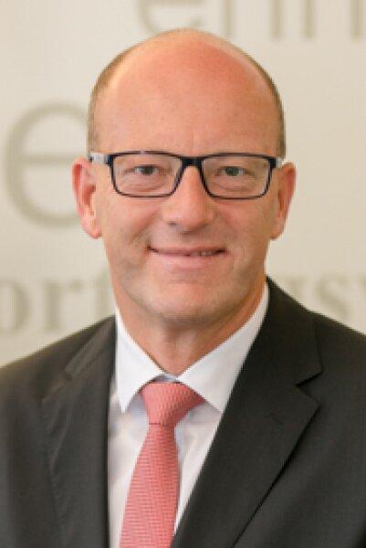 Herr Peter Baumgartner