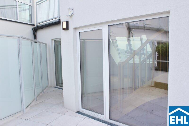 Klimatisierte, sanierte Dachgeschosswohnungen in wunderschönem Gründerzeithaus /  / 1090Wien / Bild 2
