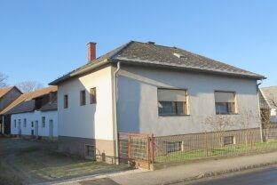 Nähe Oberwart: Einfamilienhaus mit Nebengebäuden!