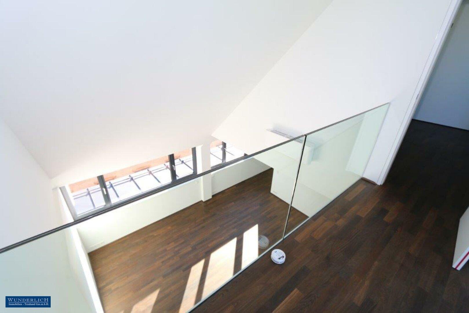 Blick v. Galerie z. Masterbedroom