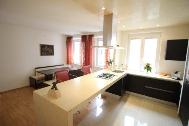 Foto von Ideal aufgeteilte 4-Zimmer Neubauwohnung direkt am Passauer Platz!!!