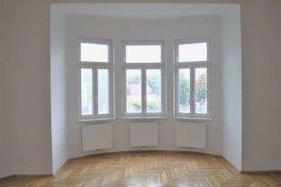 Großzügige & helle 4,5 Zimmer Wohnung | U-Bahn Nähe | Einbauküche