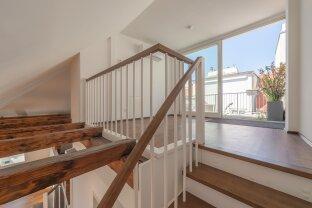 außergewöhnliche DG-Wohnung mit Terrasse & Klimaanlage direkt in der Innenstadt! - ab 01.01.2021