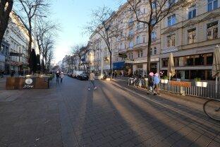 ABLÖSEFREI! MARIAHILFER STRASSE - 90 m² Auslagenlokal in der Fußgängerzone - frei und zu vermieten ab 31.1.2021!