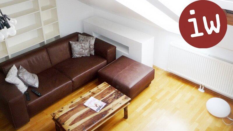 Top-gepflegte Dachgeschosswohnung mit herrlicher Terrasse Nähe UNO- City! Objekt_592 Bild_162