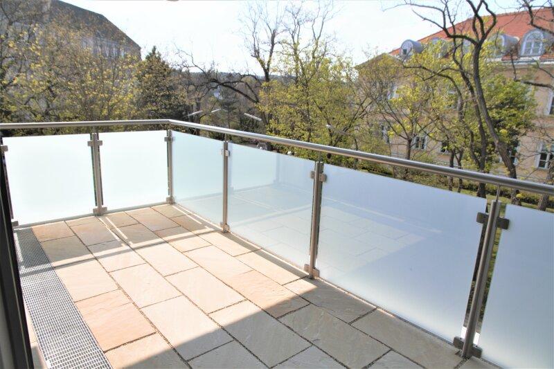 2 BALKONE, 52m²-Wohnküche + 3 Zimmer, 2. Stock, Bj. 2017, Obersteinergasse 19 /  / 1190Wien / Bild 0