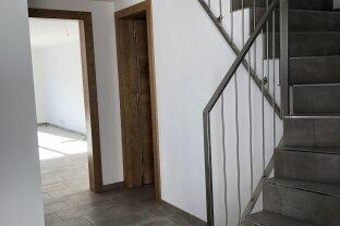 STANS - Traumhafte 3 Zimmermaisonettenwohnung + Terrasse