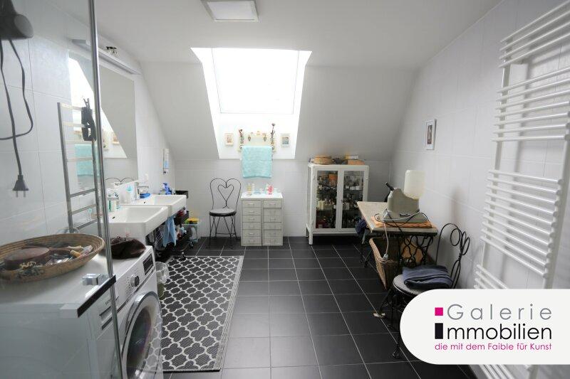 Außergewöhnliche DG-Wohnung mit Terrasse auf Wohnebene - Garagenplatz Objekt_34973 Bild_59