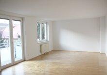Top 13, 3 Zimmer-Wohnung mit Balkon und Loggia