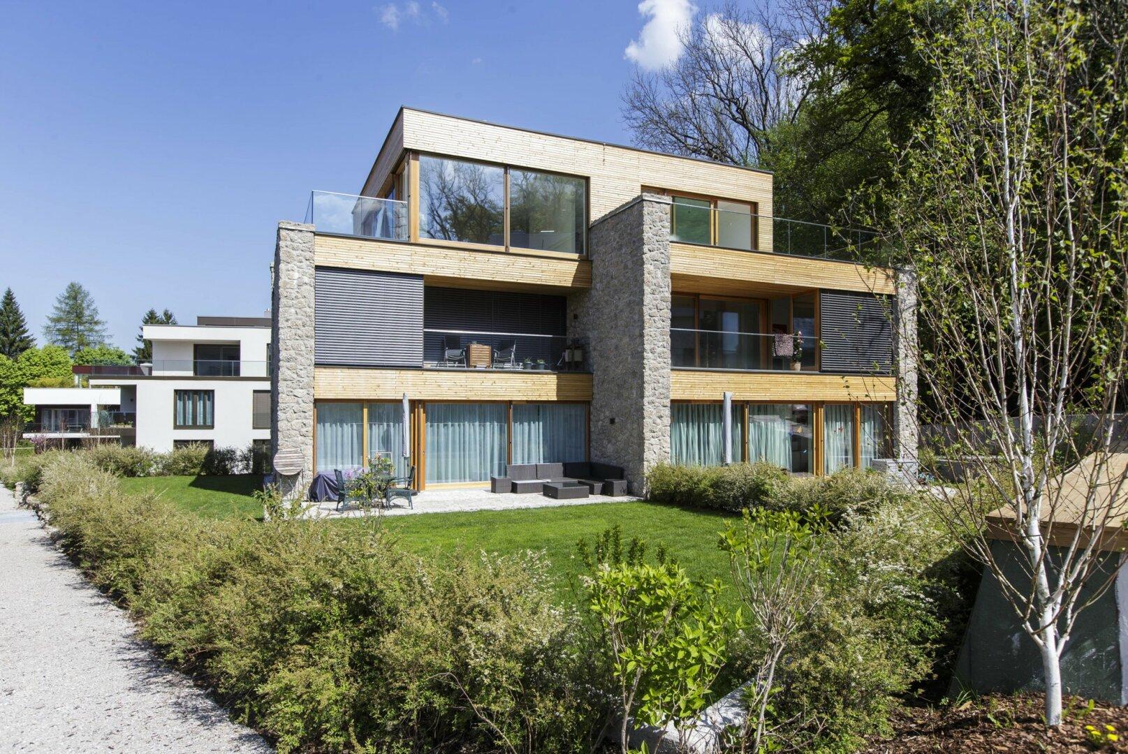 Luxuriöse 2-Zimmer Wohnung mitten im Grünen