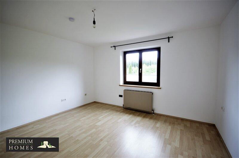BREITENBACH am Inn - 2 Zimmer Mietwohnung Schlafzimmer