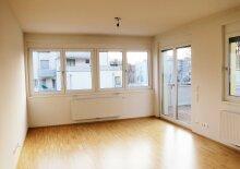 Helle 3 Zimmer Wohnung mit Terrassen, Pool und Wellnessarea