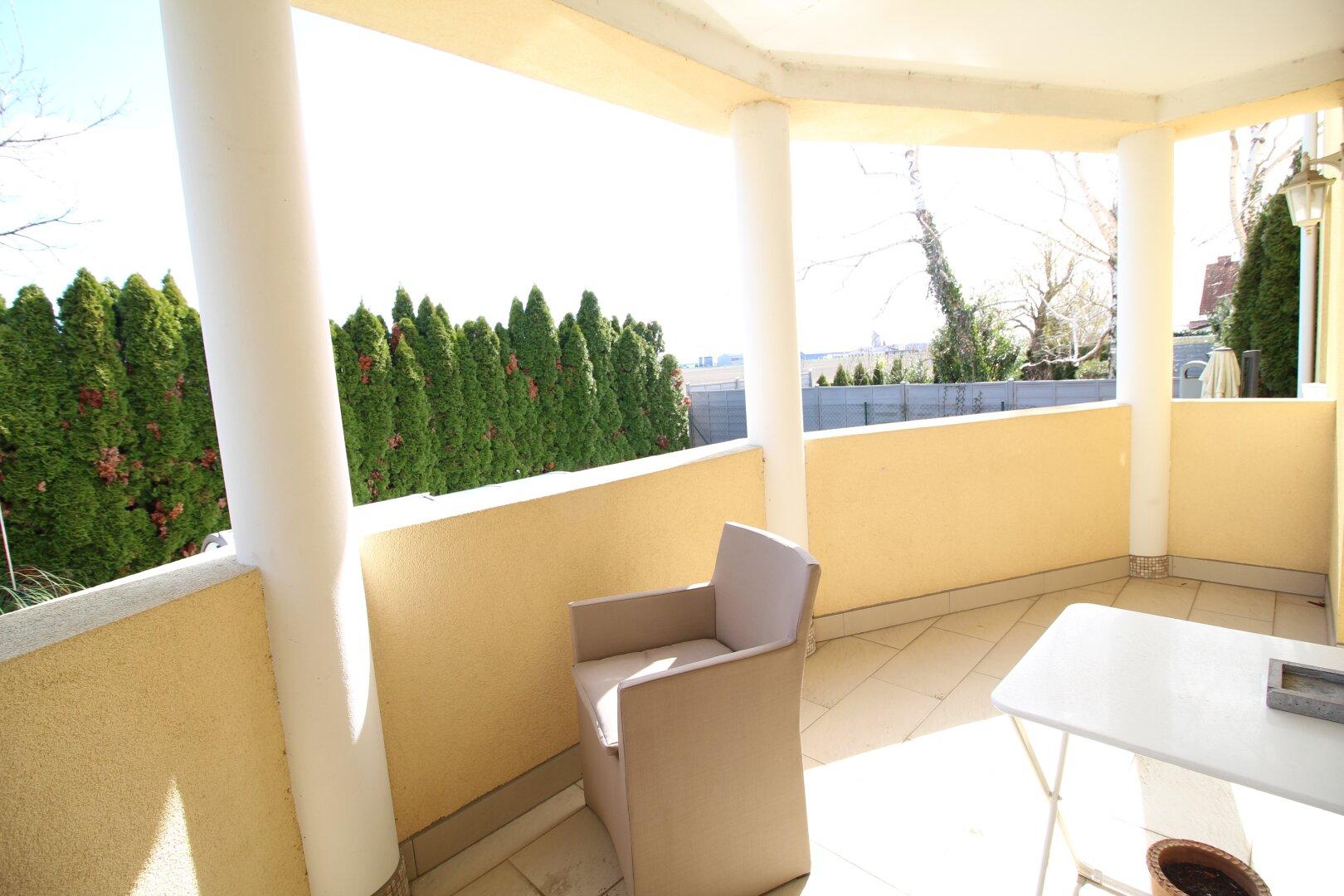 Balkon Wohneinheit 2 im EG