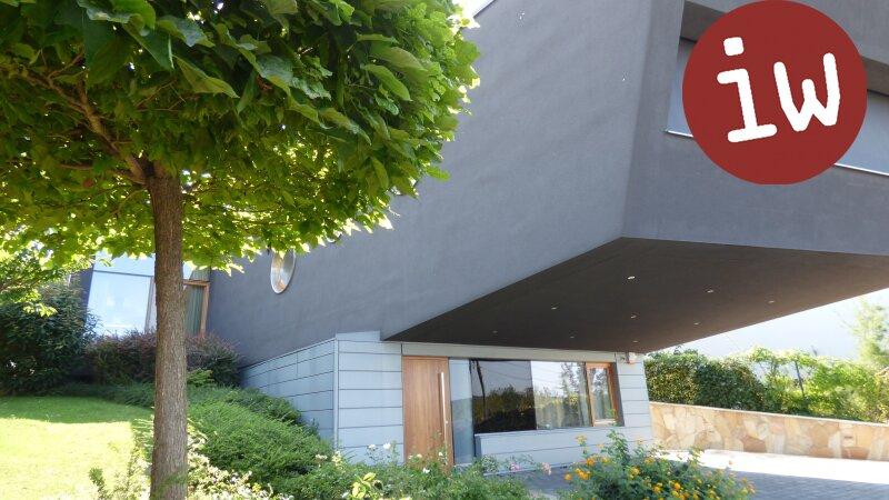 Villa - Meisterwerk zeitgenössischer Architektur in fantastischer Grünruhelage Objekt_553 Bild_154