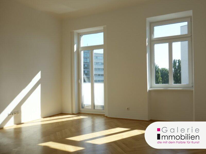 VIDEO: Helle 4-Zimmer-Altbauwohnung mit 2 Balkonen im Erstbezug mit Fernblick! Objekt_30297