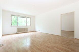 Großzügige 2-Zimmer Wohnung mit Loggia - Nähe Schloss Hetzendorf!