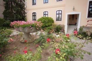 Baden Römerberg - Kleine Mietwohnung in Altbauvilla