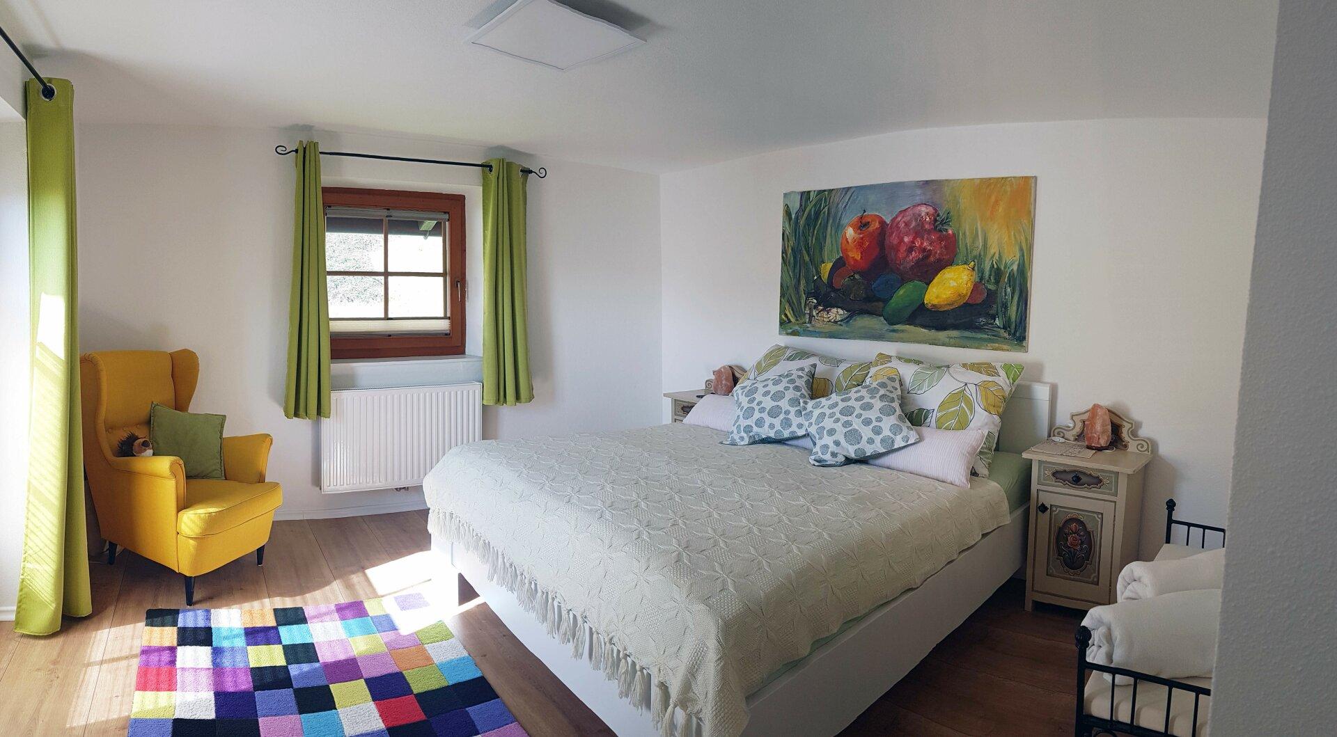 Schlafzimmer neben Ankleide OG, Einfamilienhaus Fieberbrunn