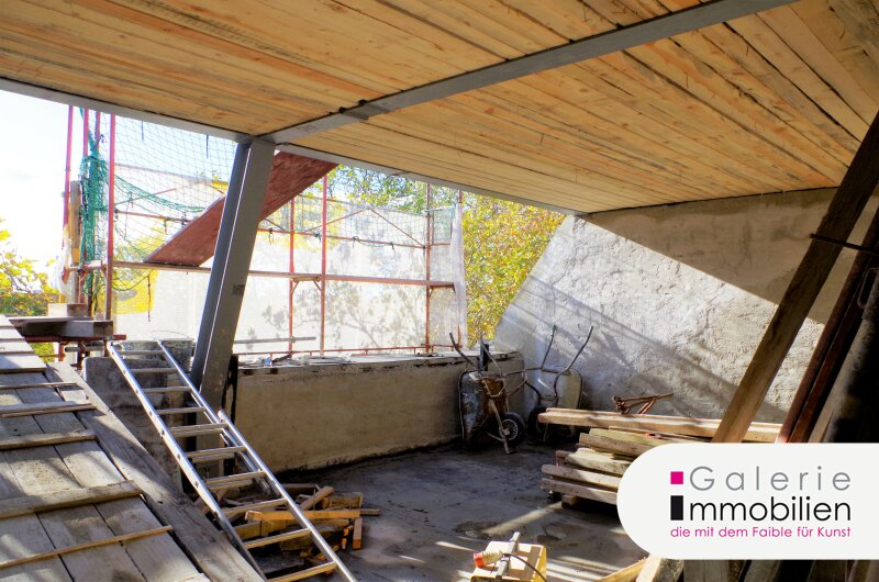 Kinzerplatz 4 - Zauberhafte DG-Wohnung mit Terrasse und schönem Fernblick in generalsaniertem Jahrhundertwendehaus Objekt_31656