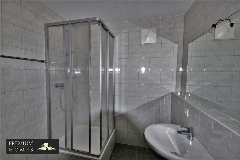 BAD HÄRING - MIETWOHNUNG - Bad mit Dusche