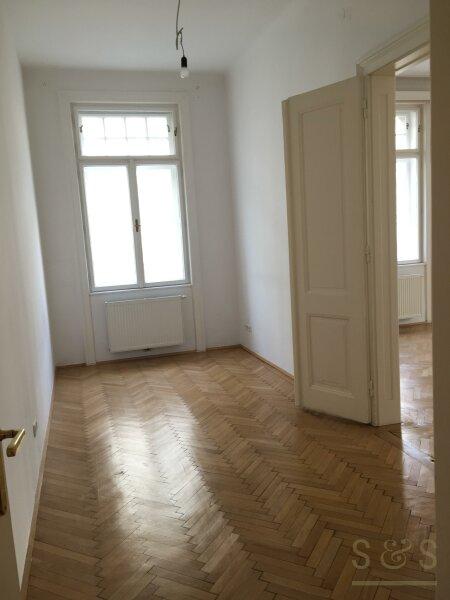U3 Neubaugasse / schönes Stilhaus / unbefristete 5 Zimmer Wohnung /  / 1070Wien / Bild 9