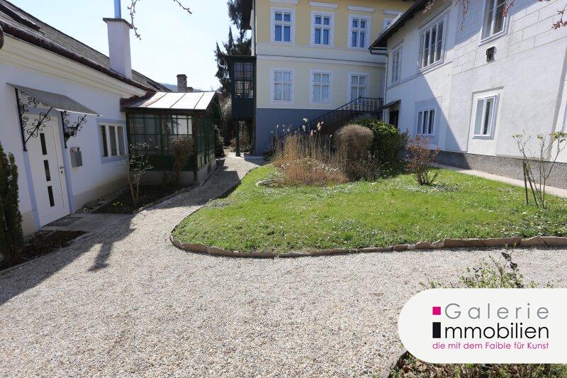 Topsanierte 3-Zimmer-Altbauwohnung mit Terrasse und kleinem Garten Objekt_34694