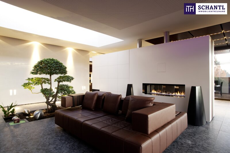 PHÄNOMENAL, EINZIGARTIG, ATEMBERAUBEND - Designer LUXUS-Penthouse mit Panoramablick + Riesige Terrassen + Indoor Pool + Sauna + Kamin + Ruhelage + drei tw. überbreite Tiefgaragenplätze uvm. in Graz! /  / 8045Graz-Andritz / Bild 2