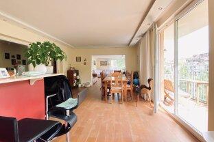 FAMILIENHIT ! ! ! Herrliche 4-Zimmer Wohnung in Ruhelage  - Miete inkl. Garagenplatz und Heizkosten