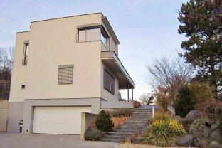 Luxuriöses Einfamilienhaus in toller Aussichtslage!