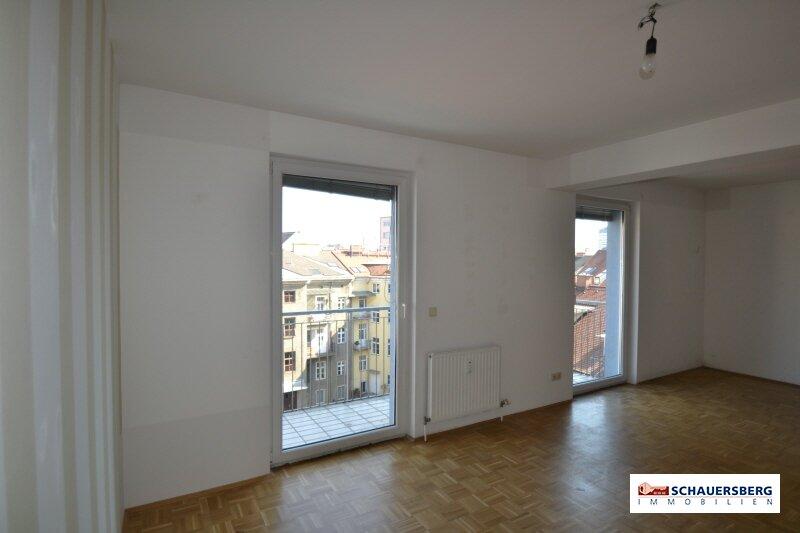 Schöne 3 Zimmeraltbauwohnung in der Conrad von Hötzendorfstraße