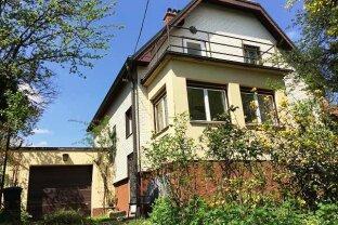 ERFOLGREICH VERMITTELT! Einfamilienhaus mit 805m² schönem Grund, verkehrsgünstig und doch recht ruhig!