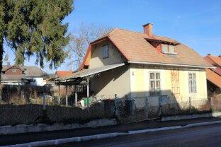 Sanierungsbedürftiges Einfamilienhaus