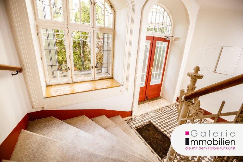 Imposante Jahrhundertwendevilla mit großer Dachterrasse und Garage Objekt_34566 Bild_145